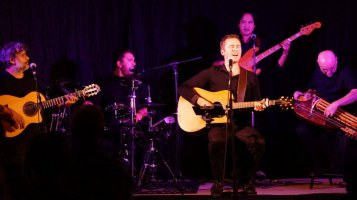Joanda et ses musiciens en concert photo L'Occitana Prod
